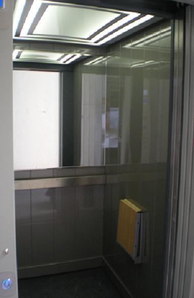 ascenseur electrique ascenseur electrique lectrique. Black Bedroom Furniture Sets. Home Design Ideas